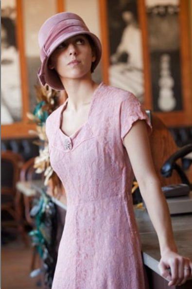 Cloche hat by Sherri Hrycay