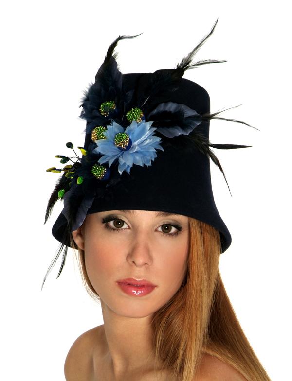 Hat made on CB43 by Yulia Eremina