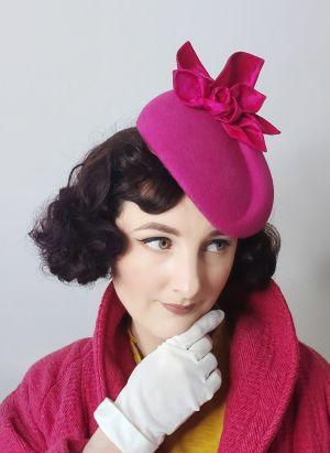Perching beret hat block FB47